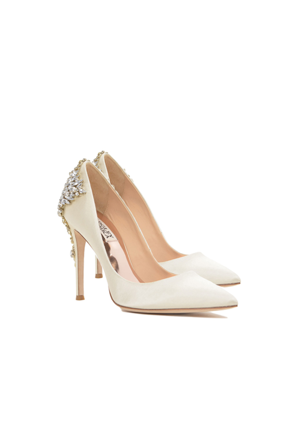 [SELL][GORGEOUS POINTED TOE EVENING SHOE-Ivory Satin]by BADGLEY MISCHKA