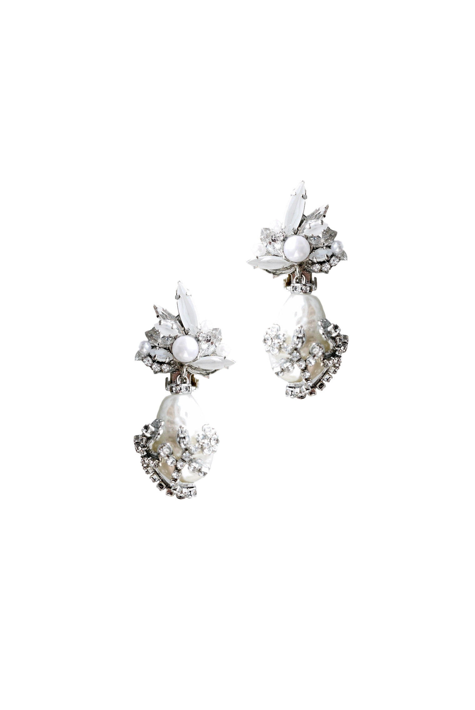 [RENTAL][Carine Earrings Crystal]by ERICKSON BEAMON