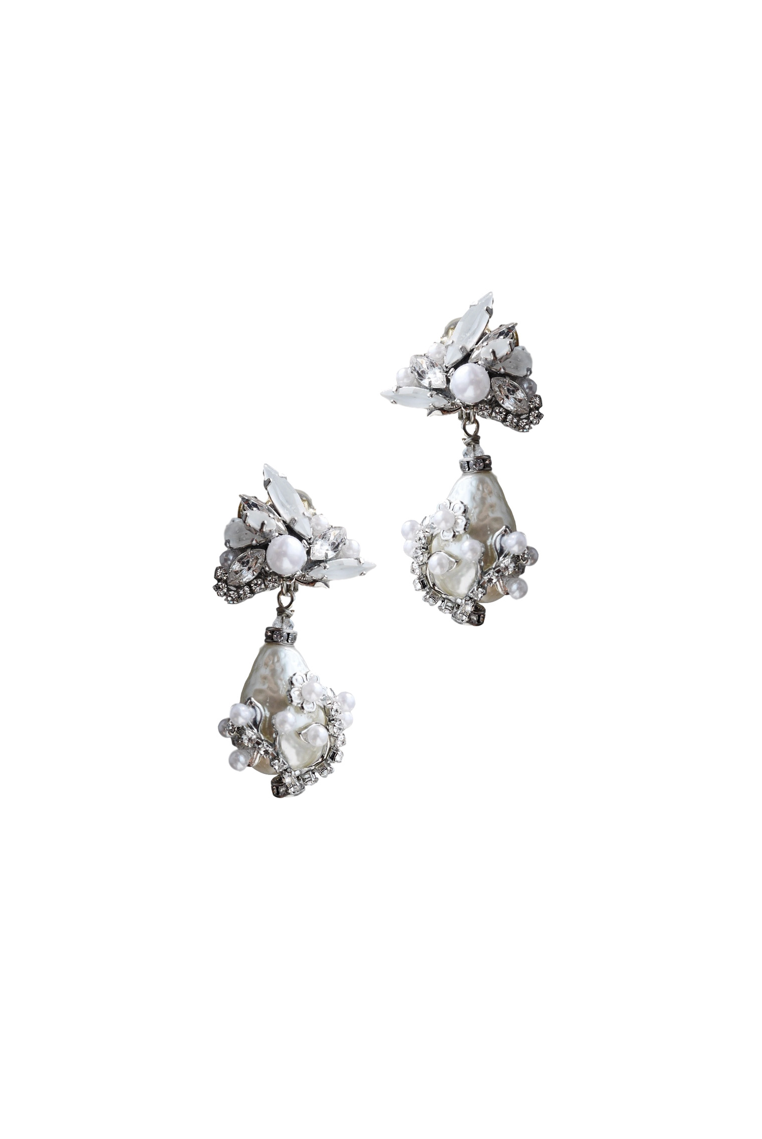 [RENTAL][Carine Earrings Pearl]by ERICKSON BEAMON