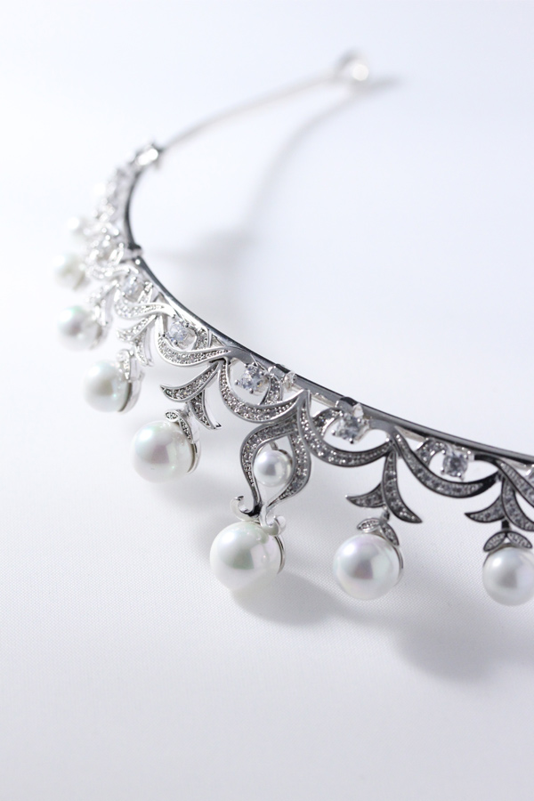 [SELL][Petit Julie Margarethe Tiara]by Petit Julie